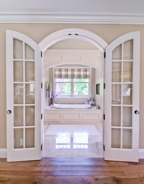 10 homes with french doors that are just so gorgeous for Interior double french doors for sale
