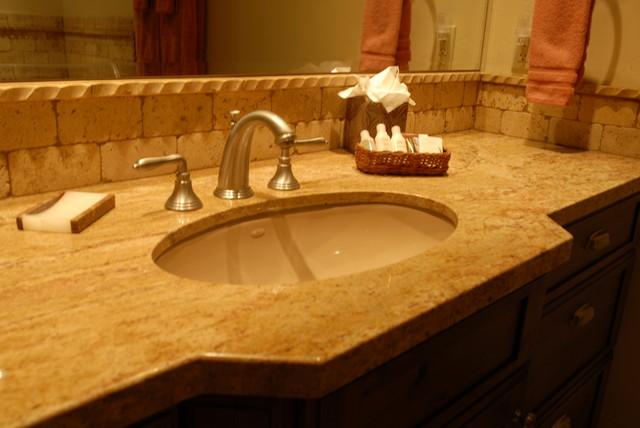 Klack traditional-bathroom