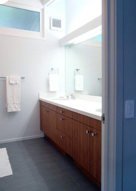 Klopf architecture san francisco mid century modern remodel for Mid century modern bathroom vanity