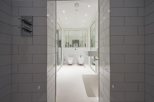 Knightsbridge Apartment modern-bathroom