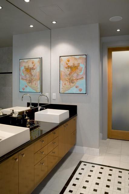 Koehler Loft - Master Bath modern-bathroom