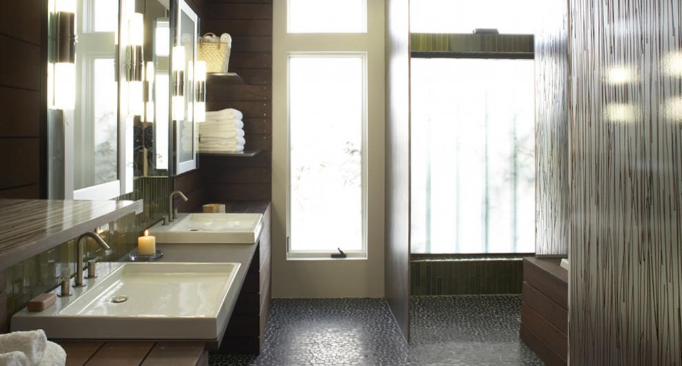 Bathroom - bathroom idea in Boston
