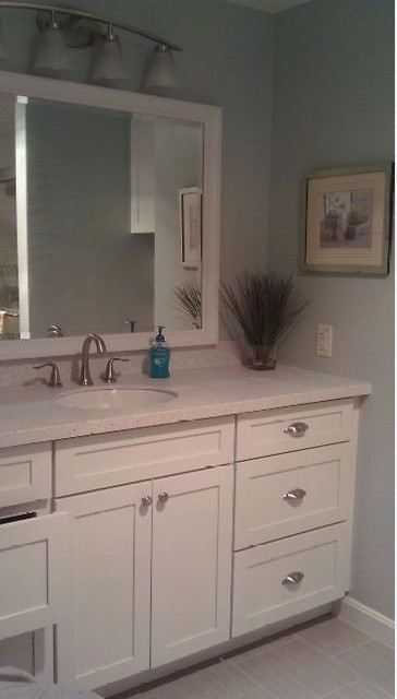 Bathroom Vanity Kraftmaid kraftmaid bathroom-massa - traditional - bathroom - providence