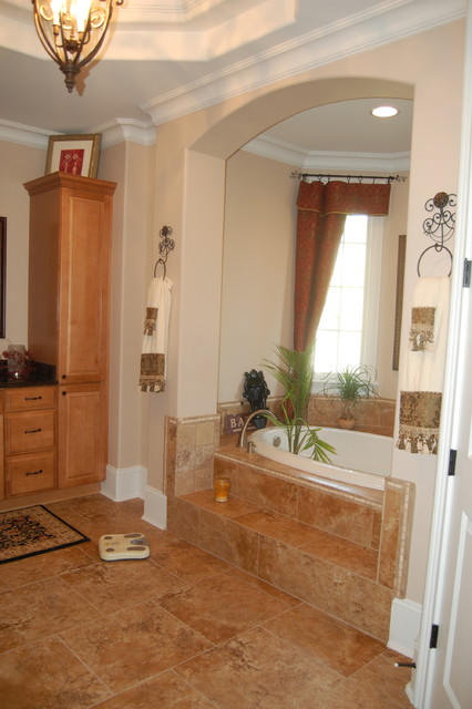 Kraftmaid Montclair Maple Square with Toffee Finish traditional-bathroom