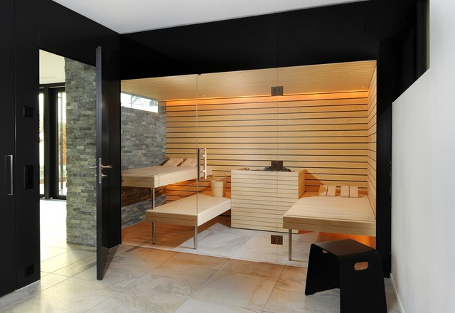 Kung Saunas Installs Contemporary Bathroom