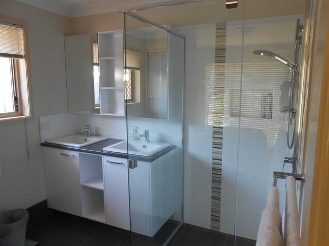 Kuraby brisbane southside bathroom renovation modern for Bathroom renovations brisbane
