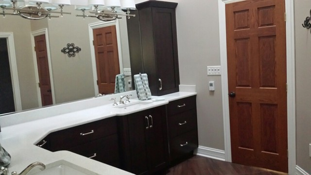 L Shaped Master Vanity Transitional Bathroom Chicago By Woodhill Cabinetry Design Inc