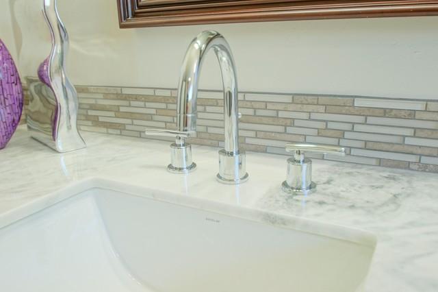 La Jolla Remodel Thunderbird modern-bathroom