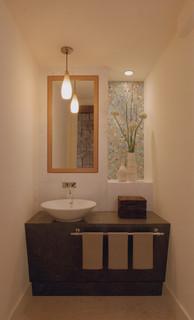 Lagoon Residence @ Belvedere modern bathroom
