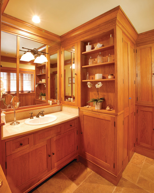 Lake front cabin traditional-bathroom