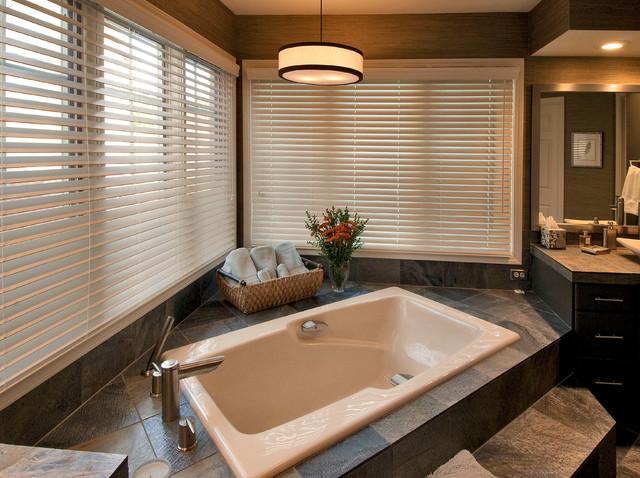 Lake house master bath contemporary-bathroom