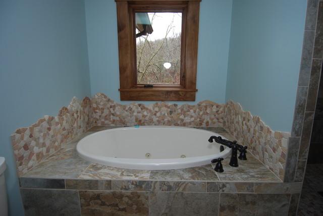 Lake house traditional-bathroom