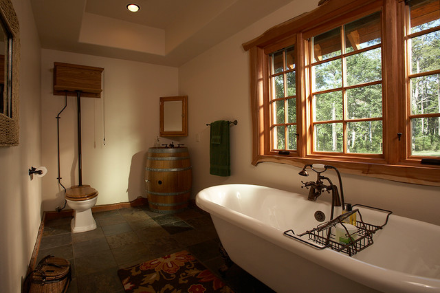 Lake Livingston Treehouse traditional-bathroom