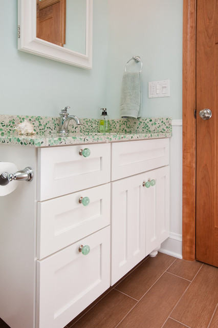 Lake Minnetonka Children's Bathroom Remodel contemporary-bathroom