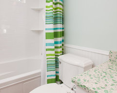 Lake Minnetonka Children's Bathroom Remodel beach-style-bathroom