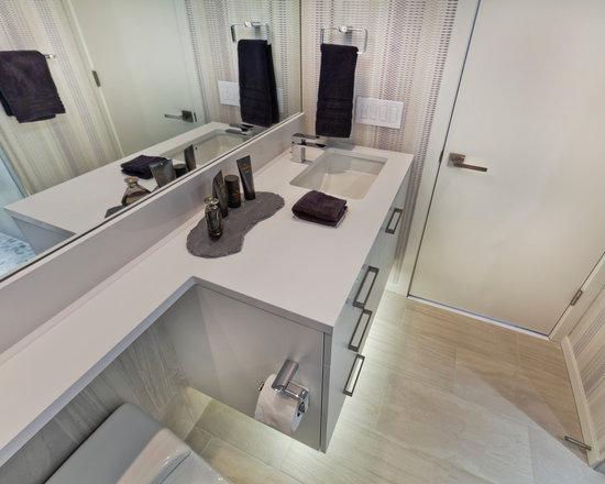 Premium Small Lowes Bathroom Design Ideas, Pictures, Remodel & Decor ...