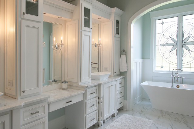 Lake Norman The Point traditional-bathroom