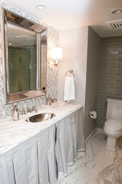 Lake Shore Condo modern-bathroom