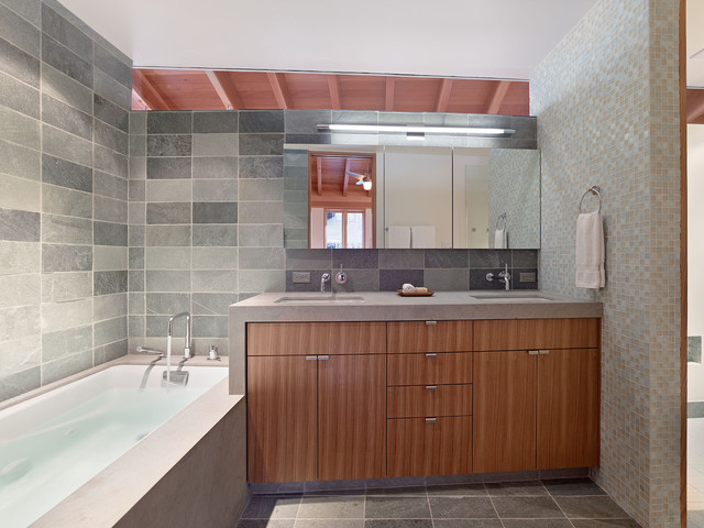 Lake Tahoe Residence contemporary-bathroom