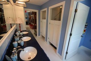 Lakebridge Seven Beach Style Bathroom Grand Rapids