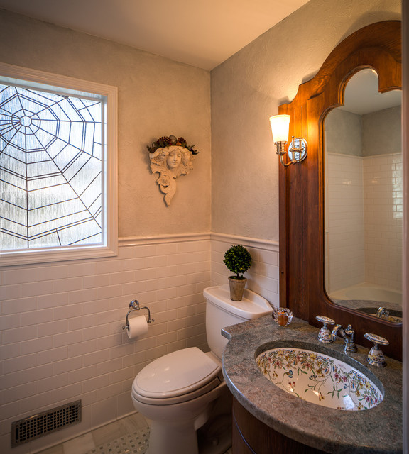 Lakefront cottage renovation eclectic bathroom for Cottage bathroom ideas renovate