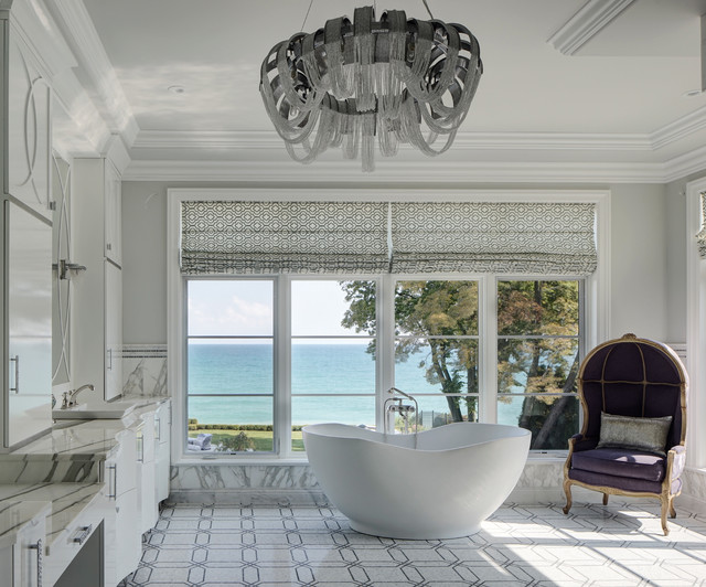 lakefront luxury classique chic salle de bain chicago par buckingham interiors design llc. Black Bedroom Furniture Sets. Home Design Ideas
