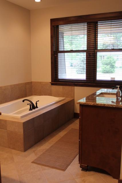 Lakehouse Rebuild traditional-bathroom