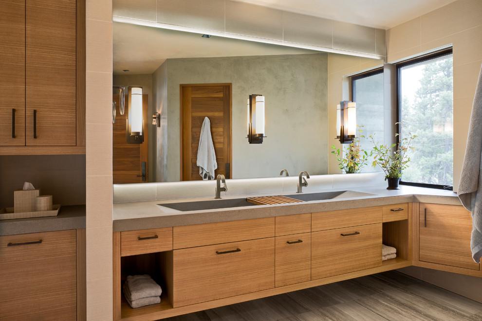Bathroom - contemporary bathroom idea in Boise