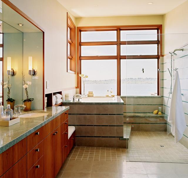 Trendy walk-in shower photo in Seattle