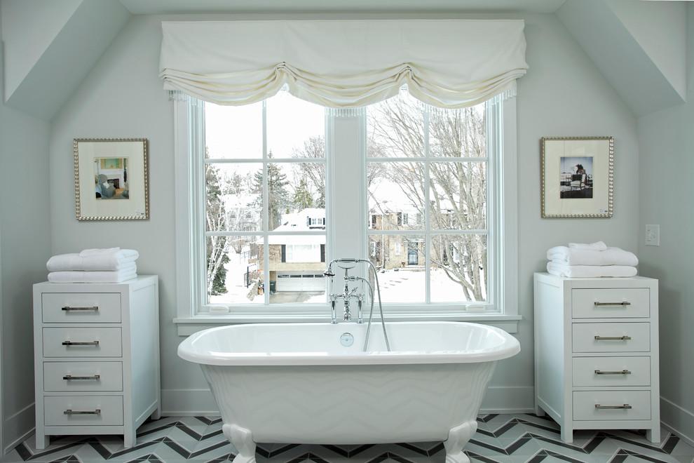 Transitional claw-foot bathtub photo in Minneapolis