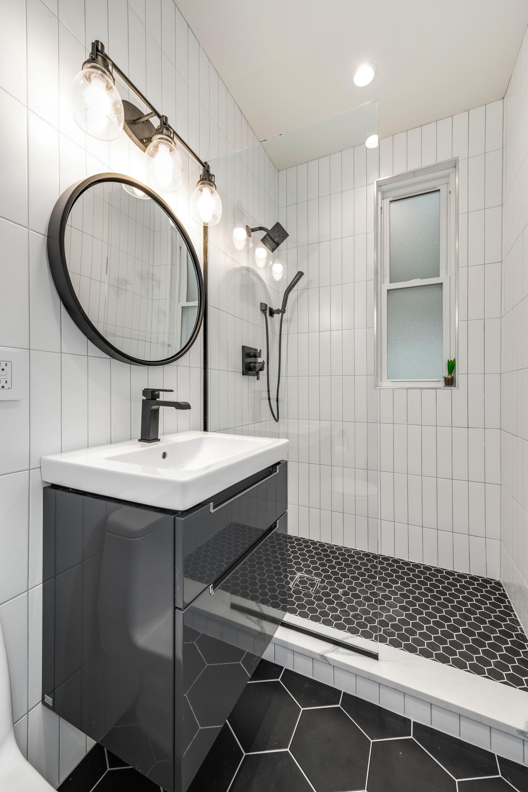 10 Beautiful Porcelain Tile Bathroom Pictures & Ideas - January
