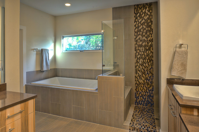 Lakeview Remodel, Greenbelt Homes, Austin Texas contemporary-bathroom