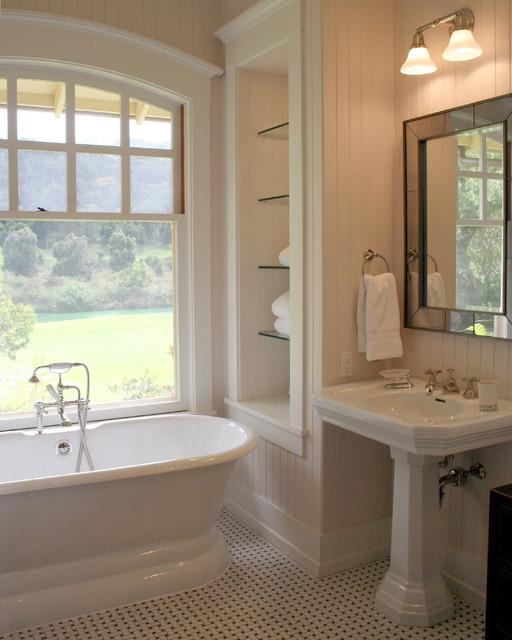 Lanai home traditional bathroom hawaii by welch for Bath remodel hawaii