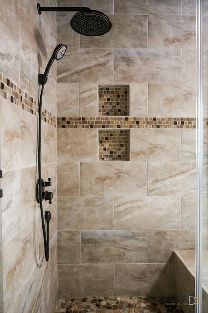 Example of a classic doorless shower design in Louisville