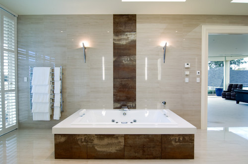 Modern Bathroom by Melbourne Bathroom Designers & Remodelers Bubbles Bathrooms