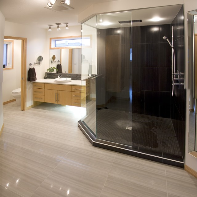 Large walk in shower contemporary bathroom other for Huge walk in shower