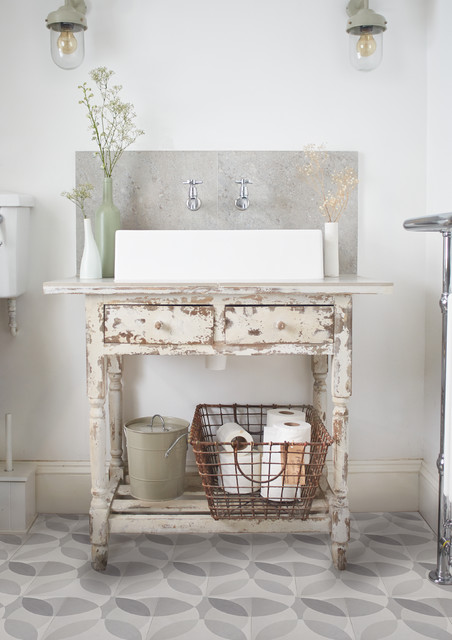 39 Leaf 39 Grey Encaustic Tiles By Lindsey Lang Shabby Chic Bathroom London By Lindsey Lang
