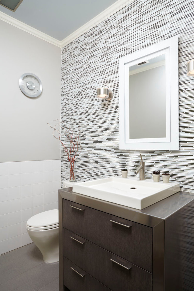 Inspiration for a contemporary bathroom remodel in Minneapolis with a vessel sink