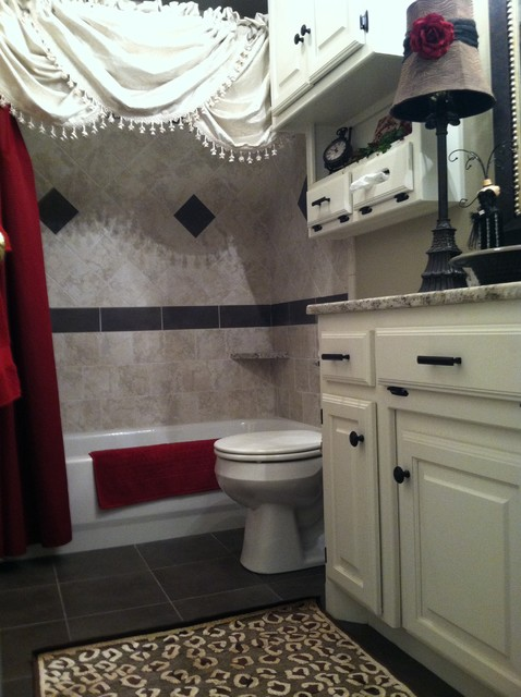 Leslie Sipes traditional bathroom