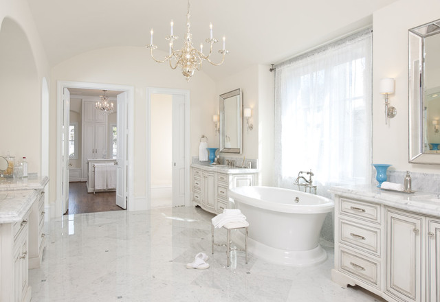 LEXINGTON | master bath traditional bathroom