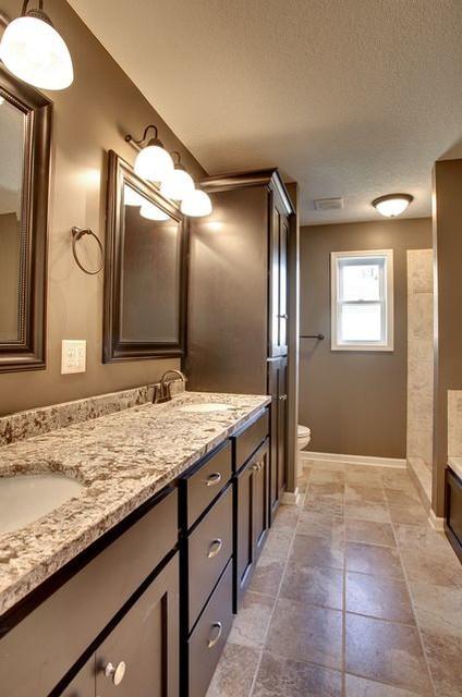 Lexington Parkway S - Saint Paul traditional-bathroom