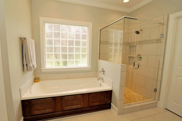 Light Bright And Modern Traditional Bathroom Birmingham By Case Design Remodeling