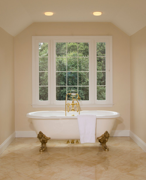 Light, Bright and Spacious Bathroom in Herndon VA