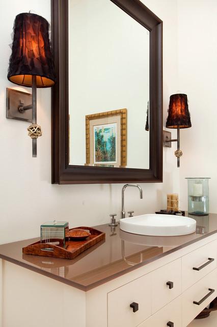 Lighten-up and Design contemporary-bathroom