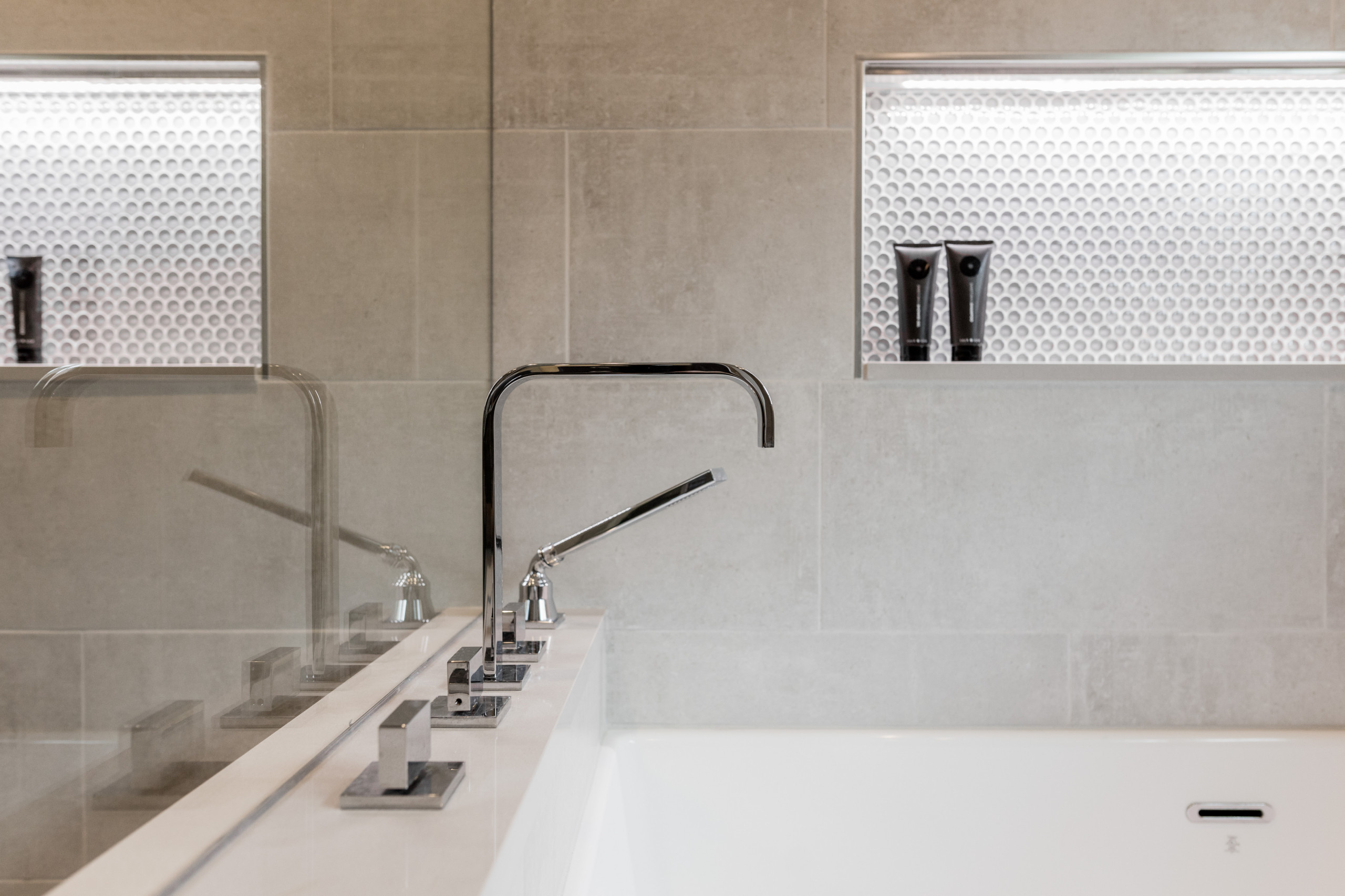 Lighting Play in a Master Bath