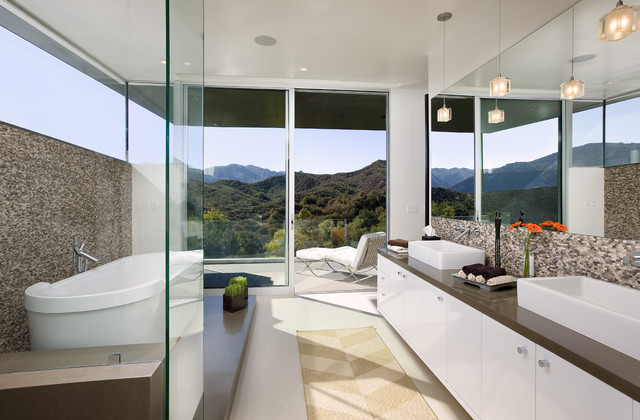 Abramson Teiger Lima Residence contemporary bathroom