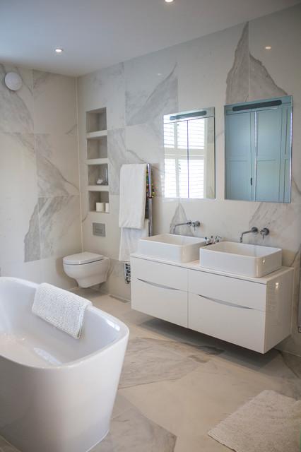 linear london sarah 39 s bathroom contemporary bathroom london by linear london kitchens