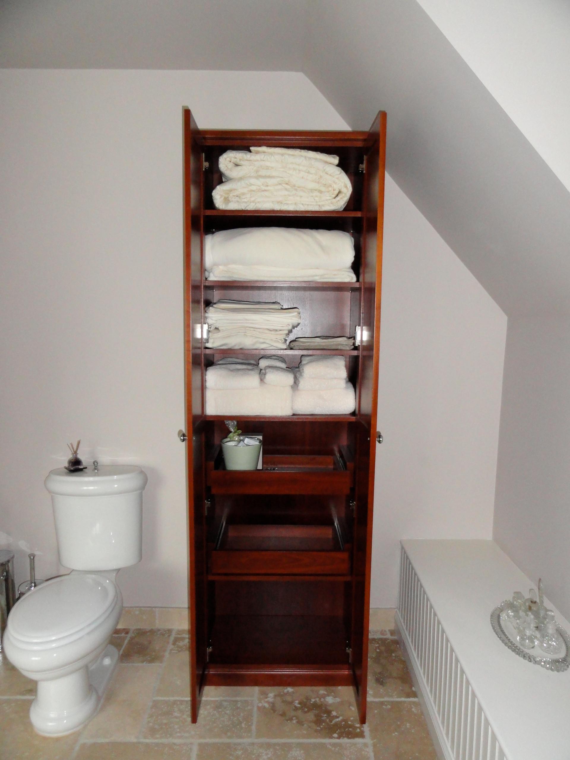 Linen Closets/Bathroom Cabinets