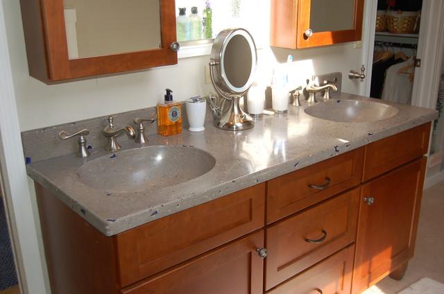 Liquid Stone Photos traditional-bathroom