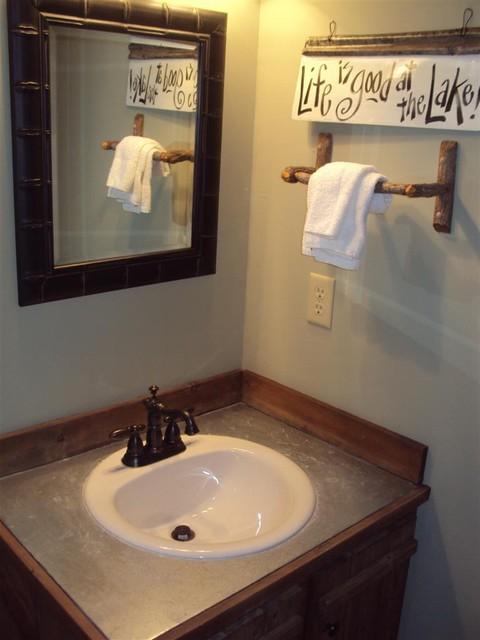 Little River Cabin traditional-bathroom